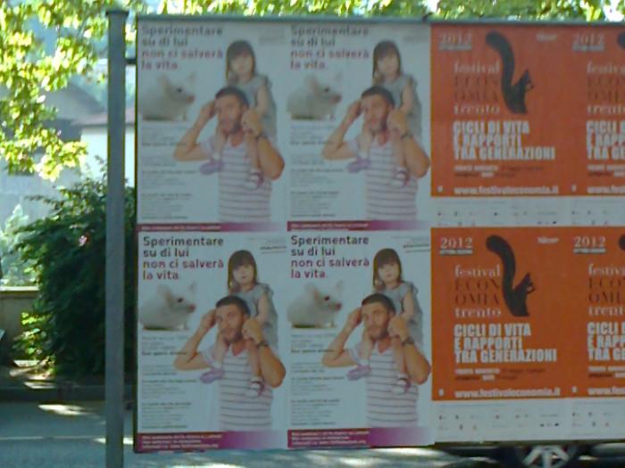 25052012   cena vegan e campagna contro la vivisezione 20120601 1235716136 - 25.05.2012 - CENA VEGAN E CAMPAGNA CONTRO LA VIVISEZIONE - 2012-