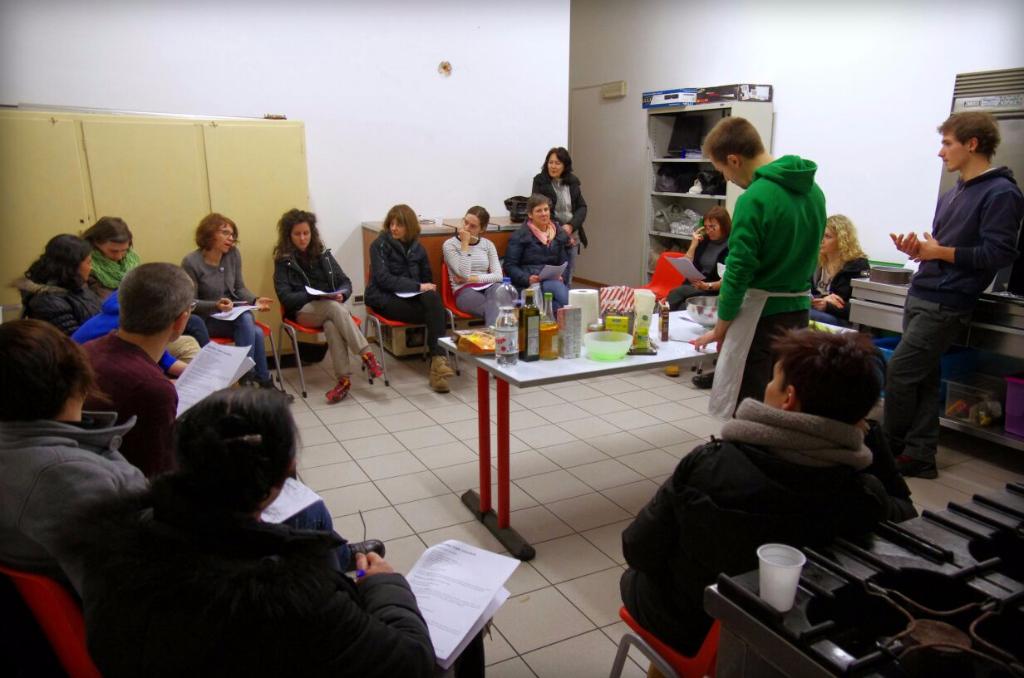 IMG 20150223 WA0031 - 13.02.2015 - Corso di Pasticceria Vegana Tassullo terza serata
