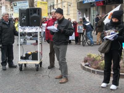 bolzano 04021012 20120205 1212550460 960x300 - Bolzano 04.02.2012 manifestazione contro lo sfruttamento degli animali