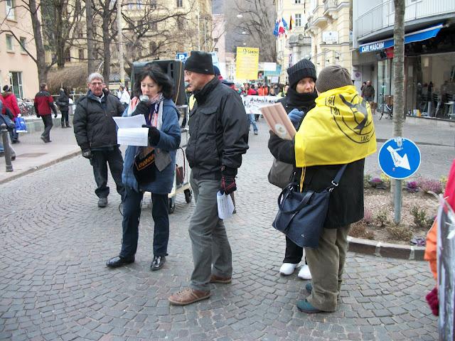 bolzano 04021012 20120205 1291054296 - Bolzano 04.02.2012 manifestazione contro lo sfruttamento degli animali