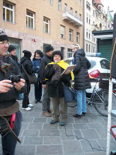 bolzano 04021012 20120205 1735726780 - Bolzano 04.02.2012 manifestazione contro lo sfruttamento degli animali
