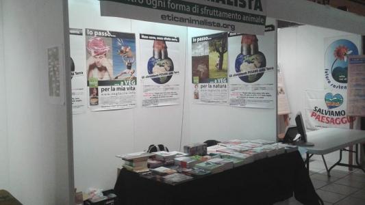 foto luglio nov 2015 247 960x300 - Etica Animalista a Fa la cosa giusta 2015 - 2015-