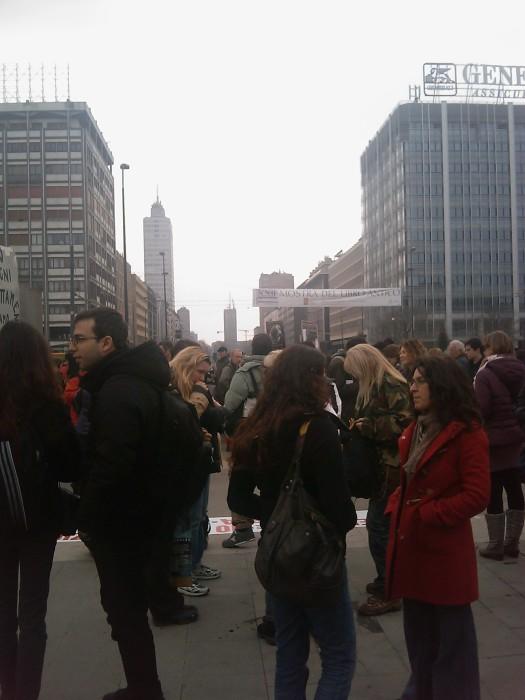 img 1671 20110306 2026194731 - MANIFESTAZIONE CONTRO LA VIVISEZIONE - MILANO 5 marzo 2011