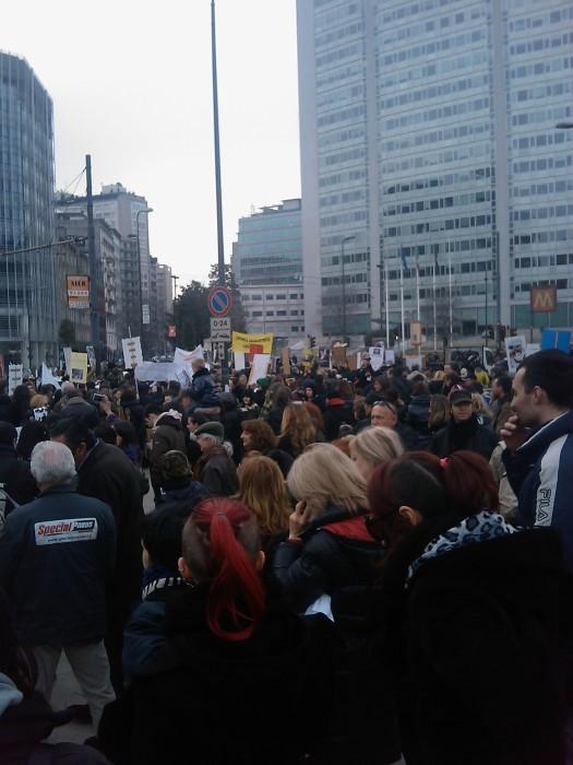 img 1691 20110306 2073591176 - MANIFESTAZIONE CONTRO LA VIVISEZIONE - MILANO 5 marzo 2011