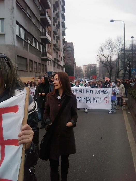 img 1710 20110306 1527022935 - MANIFESTAZIONE CONTRO LA VIVISEZIONE - MILANO 5 marzo 2011