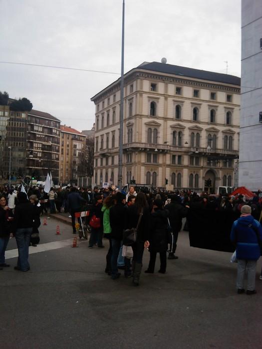 img 1713 20110306 2099316310 - MANIFESTAZIONE CONTRO LA VIVISEZIONE - MILANO 5 marzo 2011