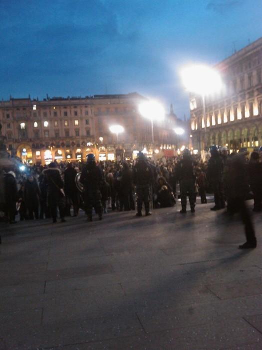 img 1724 20110306 1436885335 - MANIFESTAZIONE CONTRO LA VIVISEZIONE - MILANO 5 marzo 2011