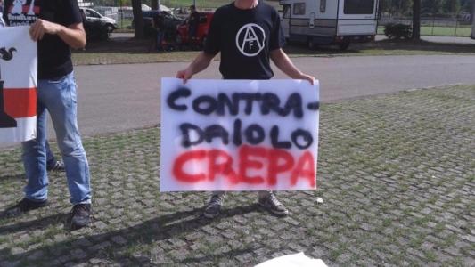 immagini e video 2015 482 1024x576 960x300 - Manifestazione contro il Palio di Siena - 16.08.2015