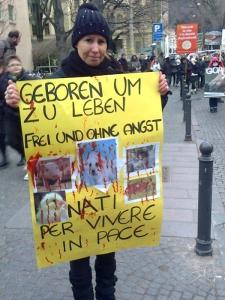 manifestazione contro lo sfruttamento degli anim 20130212 1095833548 960x300 - Bolzano 04.02.2012 manifestazione contro lo sfruttamento degli animali