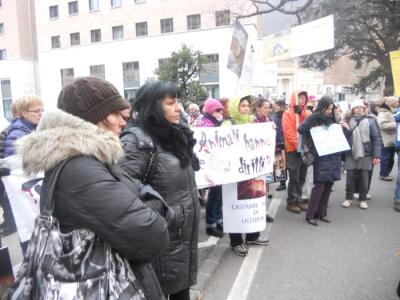 manifestazione contro lo sfruttamento degli anim 20130212 1252798461 960x300 - Bolzano 04.02.2012 manifestazione contro lo sfruttamento degli animali
