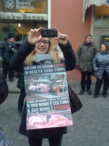 manifestazione contro lo sfruttamento degli animali 20120205 1100591031 960x300 - Bolzano 04.02.2012 manifestazione contro lo sfruttamento degli animali