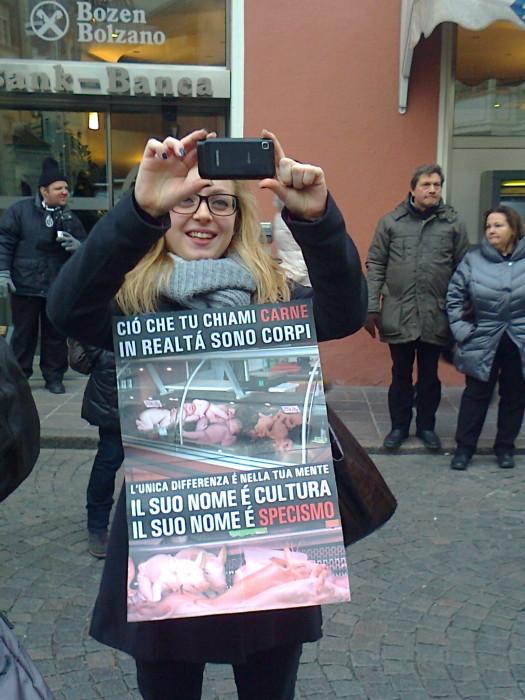 manifestazione contro lo sfruttamento degli animali 20120205 1100591031 - Bolzano 04.02.2012 manifestazione contro lo sfruttamento degli animali
