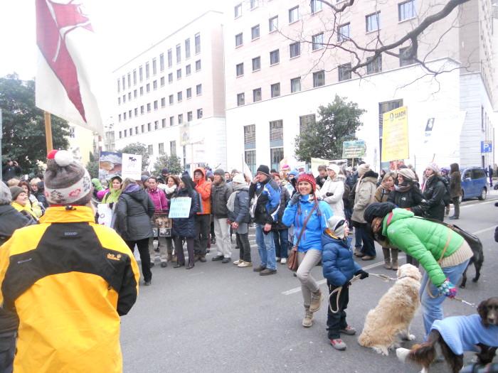 manifestazione contro lo sfruttamento degli animali 20120205 1391399682 - Bolzano 04.02.2012 manifestazione contro lo sfruttamento degli animali - 2012-