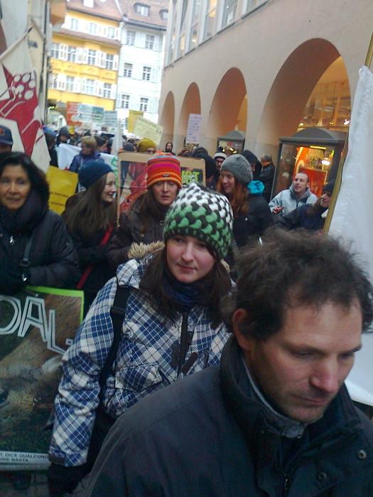 manifestazione contro lo sfruttamento degli animali 20120205 1528530582 - Bolzano 04.02.2012 manifestazione contro lo sfruttamento degli animali - 2012-