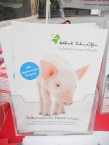manifestazione contro lo sfruttamento degli animali 20120205 1700605937 960x300 - Bolzano 04.02.2012 manifestazione contro lo sfruttamento degli animali - 2012-
