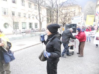 manifestazione contro lo sfruttamento degli animali 20120205 1731912303 960x300 - Bolzano 04.02.2012 manifestazione contro lo sfruttamento degli animali