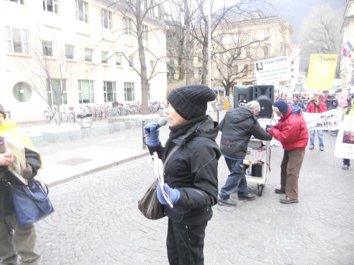 manifestazione contro lo sfruttamento degli animali 20120205 1731912303 - Bolzano 04.02.2012 manifestazione contro lo sfruttamento degli animali