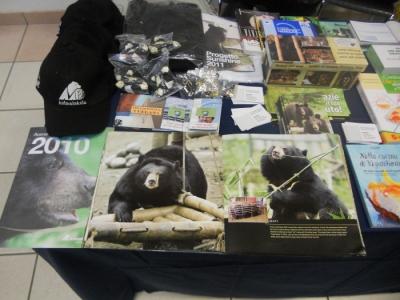 mostra animalista sui macelli 20111101 1044967230 960x300 - FA' LA COSA GIUSTA 2011 - MOSTRA ANIMALISTA
