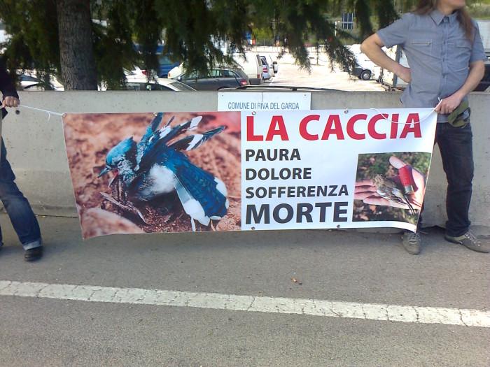 presidio caccia e pe 20130212 1445553967 - Presidio alla Fiera Caccia e Pesca di Riva del Garda 31.03.2012 - 2012-