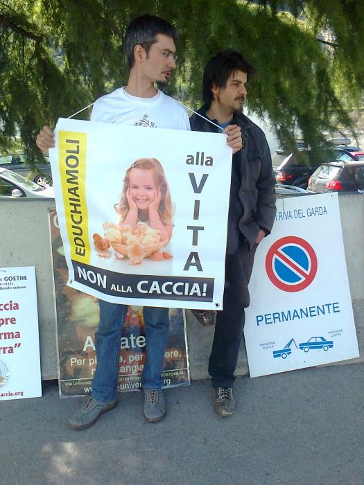 presidio caccia e pe 20130212 1951880553 - Presidio alla Fiera Caccia e Pesca di Riva del Garda 31.03.2012 - 2012-