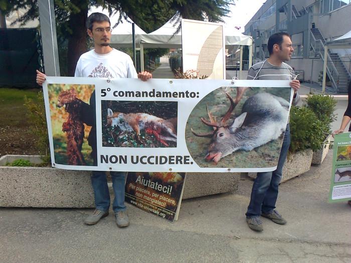 presidio caccia e pesca 20120331 1055015502 - Presidio alla Fiera Caccia e Pesca di Riva del Garda 31.03.2012 - 2012-
