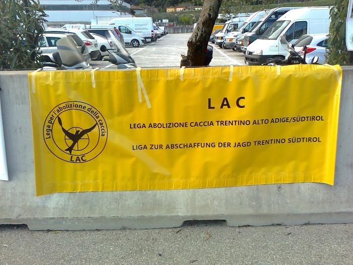 presidio caccia e pesca 20120331 1268301166 - Presidio alla Fiera Caccia e Pesca di Riva del Garda 31.03.2012 - 2012-