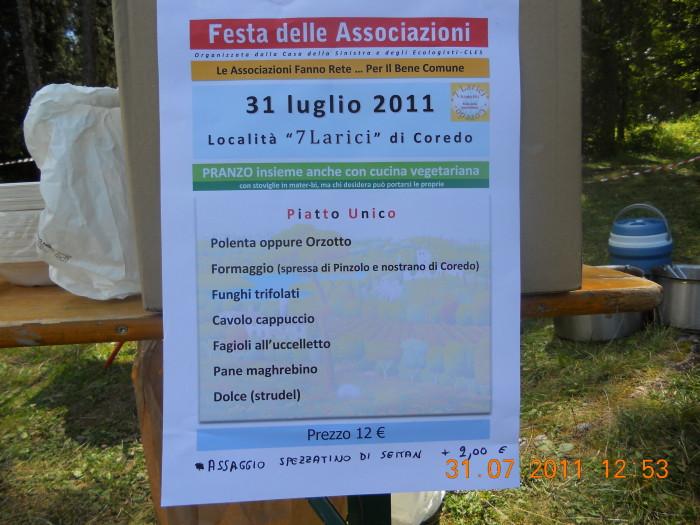 tavoli animalisti 20110802 1454729527 - FESTA DELLE ASSOCIAZIONI - LOC. 7 LARICI - COREDO (TN) - 31.07.2011