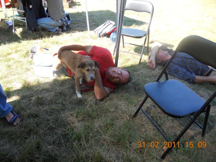tavoli animalisti 20110802 1741356209 - FESTA DELLE ASSOCIAZIONI - LOC. 7 LARICI - COREDO (TN) - 31.07.2011