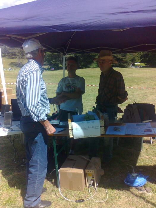 tavoli animalisti 20110805 1023181524 - FESTA DELLE ASSOCIAZIONI - LOC. 7 LARICI - COREDO (TN) - 31.07.2011