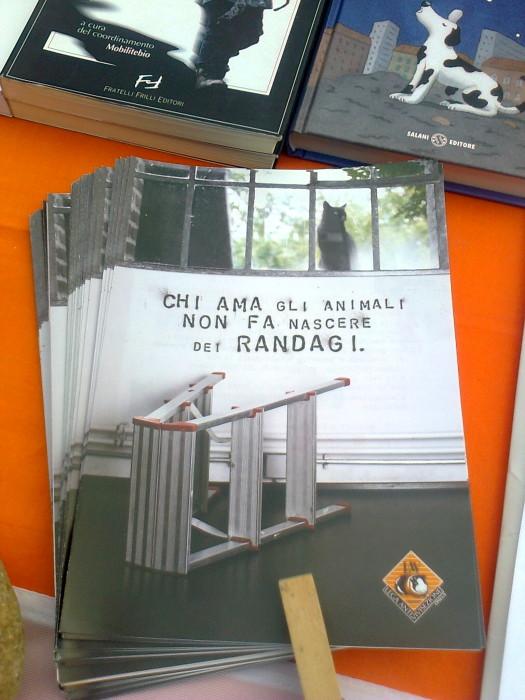 tavoli animalisti 20110805 1468964208 - FESTA DELLE ASSOCIAZIONI - LOC. 7 LARICI - COREDO (TN) - 31.07.2011