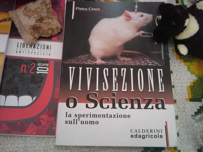 trento   12032011   tavolo informativo sulla vivisez 20130212 1414827907 - TRENTO - 12.03.2011 - TAVOLO INFORMATIVO SULLA VIVISEZIONE - 2011-