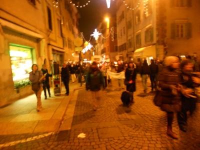 trento 03 dicembre fiacco 20130212 1068510021 960x300 - 03 dicembre 2011 Trento fiaccolata per denunciare lo sterminio degli animali nel periodo natalizio (e non solo!)