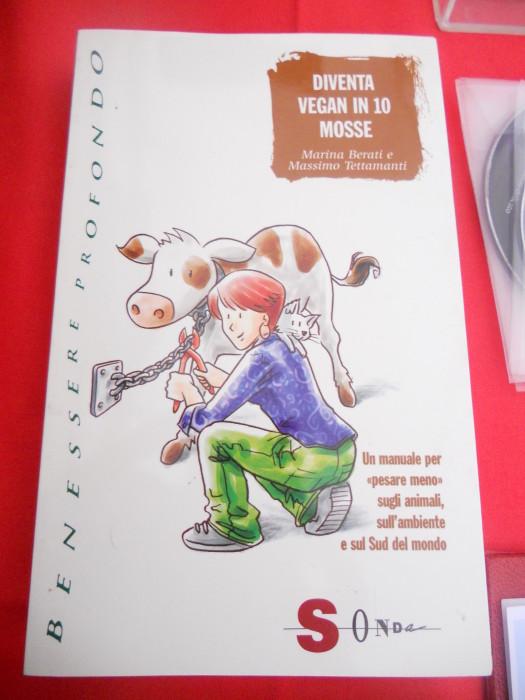 trento 03 dicembre fiaccolata 20111203 1769573525 - 03 dicembre 2011 Trento fiaccolata per denunciare lo sterminio degli animali nel periodo natalizio (e non solo!)