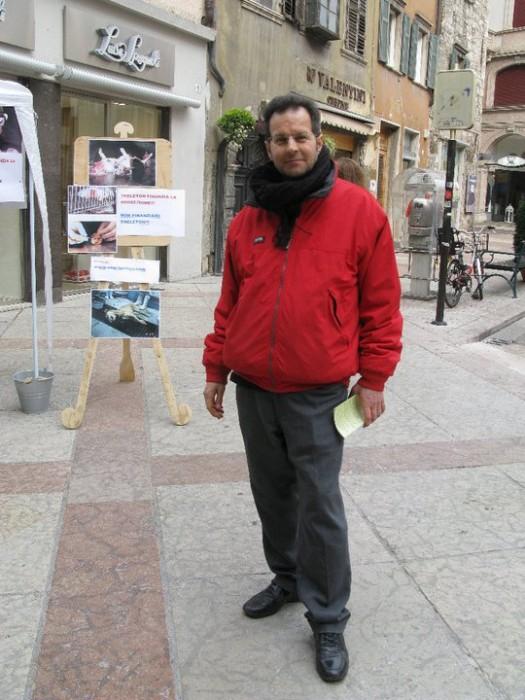 trento 12 marzo  20130212 1014393840 - TRENTO - 12.03.2011 - TAVOLO INFORMATIVO SULLA VIVISEZIONE - 2011-