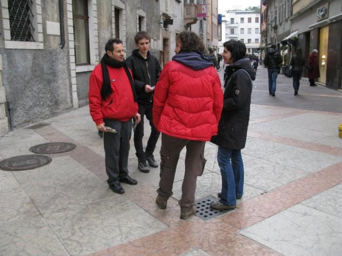 trento 12 marzo  20130212 1722335356 - TRENTO - 12.03.2011 - TAVOLO INFORMATIVO SULLA VIVISEZIONE - 2011-