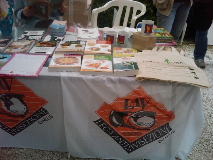 vegan fest 2011   camaiore 20110427 1655830811 - VEGAN FEST 2011- 22/25 APRILE - CAMARIORE