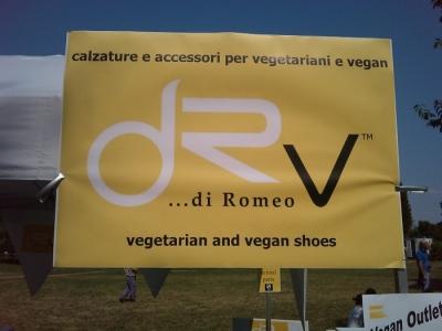villaggio vegano 20110523 2096655104 960x300 - TAVOLO ANIMALS ASIA - Giavera del Montello (TV) - 22 maggio - 2011-