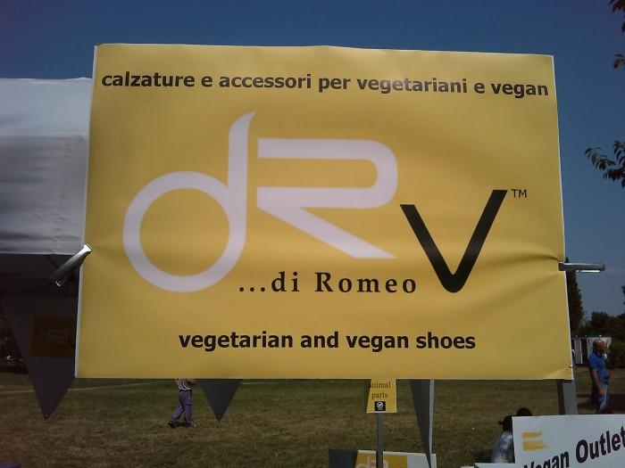 villaggio vegano 20110523 2096655104 - TAVOLO ANIMALS ASIA - Giavera del Montello (TV) - 22 maggio - 2011-