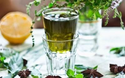 47325ffb015a7736ed99d2a4ec85a49d1 400x250 1 - Ricetta del liquore alla menta - ricette-vegane-dal-web-