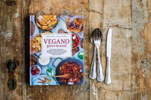 Vegano gourmand anteprima 300x200 3 - Corso di cucina vegan a Padova: vegan fast food con lo chef Martino Beria!