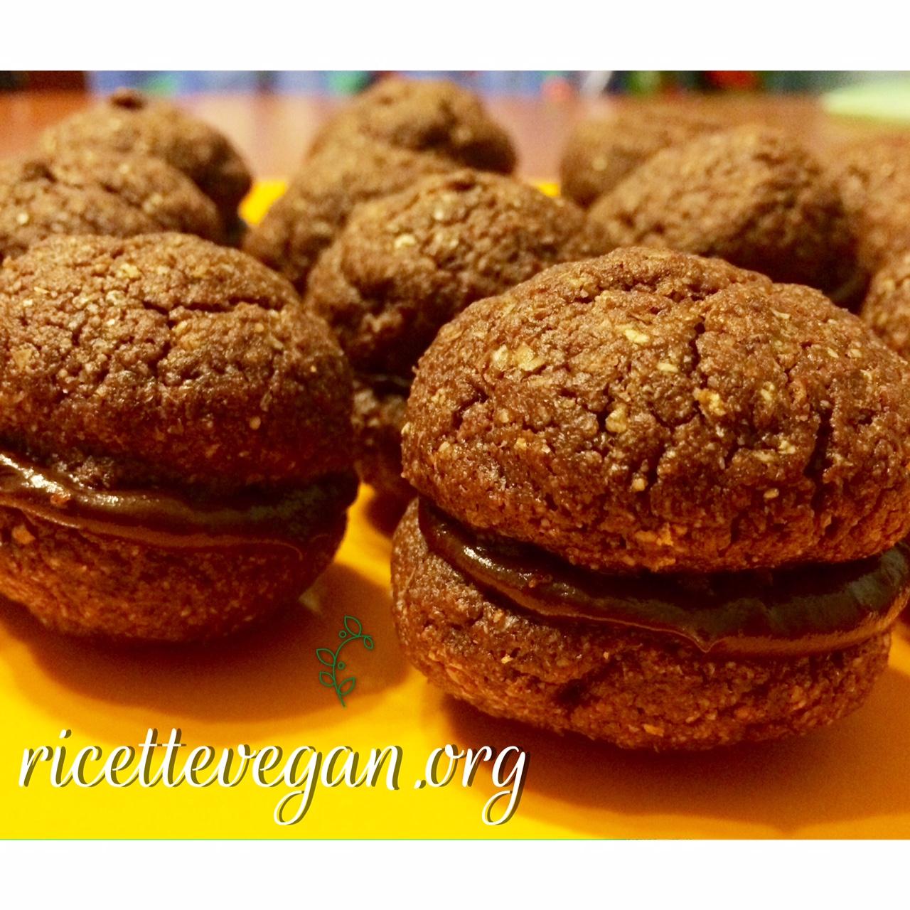 ricettevegan.org Baci di Dama Vegan - Baci di Dama Vegan