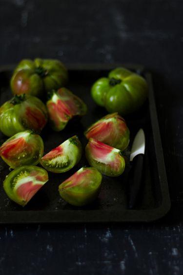 tumblr mxzho1CCeA1rpb6iso1 400 1 - thevegetablemarket:  (via Gaspacho tomate | Vegetables)