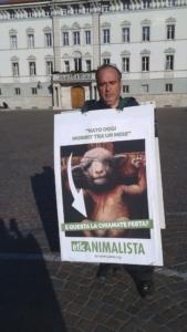 IMG 20160326 WA0062 576x1024 960x300 - Manifestazione a Trento in difesa degli agnelli a Pasqua 24-25-26 Marzo - Parte 2 - 2016-