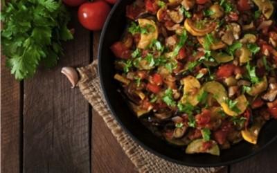 ratatouille 400x250 1 - Ratatouille di verdure di stagione arrostite: ricetta ed ingredienti - ricette-vegane-dal-web-