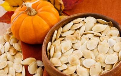 semi di zucca 400x250 1 - Semi di zucca: proprietà e utilizzi in cucina