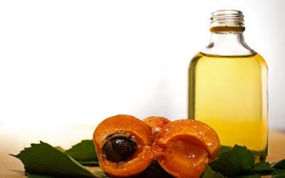 shutterstock 299645048 400x250 1 - Olio di albicocca: proprietà e benefici - ricette-vegane-dal-web-