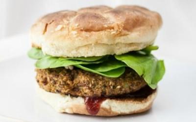 soia burger 1 e1457025240954 400x250 1 - Come preparare gli hamburger di soia