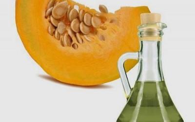 zucca 400x250 3 - Olio di semi di zucca: proprietà e benefici