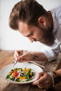 impiattamento 200x300 1 - Corso di cucina vegana a Padova – cucina estiva veloce con lo chef Martino Beria
