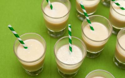 shutterstock 387782881 e1461854597900 400x250 1 - Yogurt di riso: proprietà e come farlo in casa - ricette-vegane-dal-web-